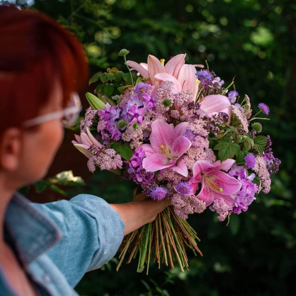 Кто такой флорист чем он занимается и какая зарплата 1
