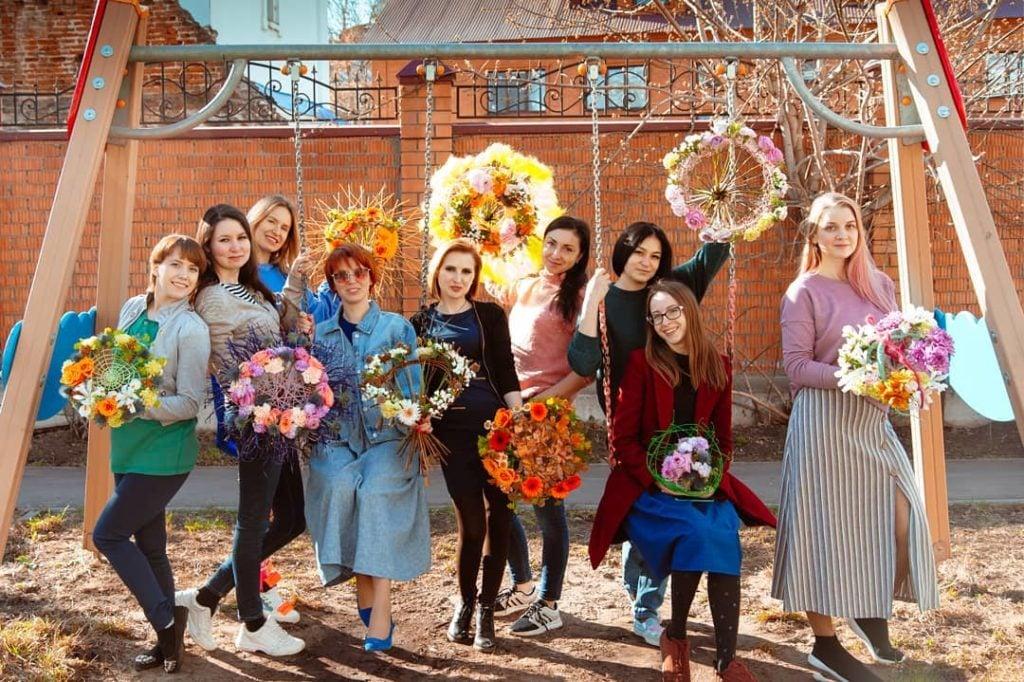 Флористы выпускники  Kazan Flower School